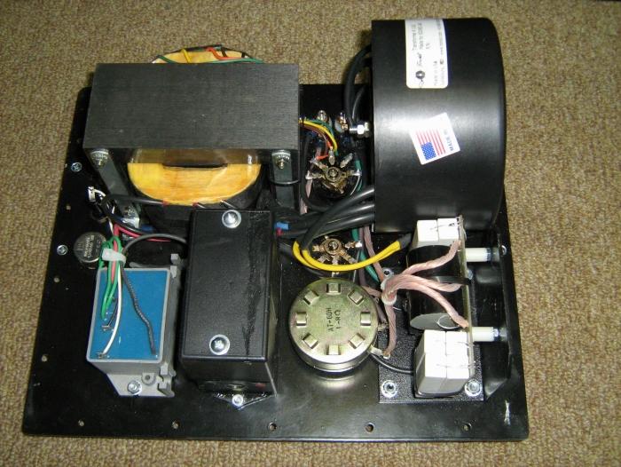 美国sound lab巨型静电扬声器和classic audio全励磁号角扬声器(古典